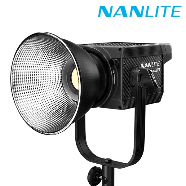 [NANLITE ] 난라이트 포르자300 LED 방송 조명 Forza300